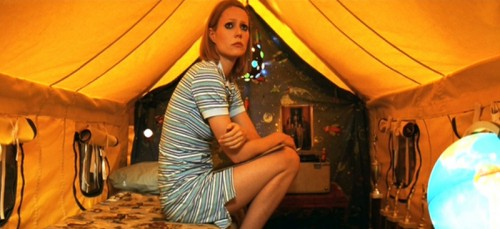 Royal-Tenenbaums_Gwyneth-Paltrow_blue-tennis-dress.bmp-500x229
