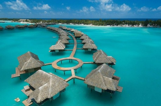 Amazing-Four-Seasons-Resort-Bora-Bora-11-800x530