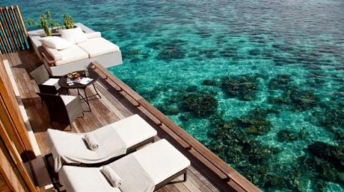 Outdoor-Deck-Patio-The-beauty-of-Amazing-Designs-Resort-in-Maldives-608x341