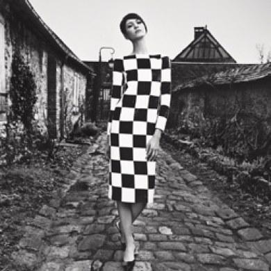 Spring-2013-shoot-Louis-Vuitton-Geometric-Black-White