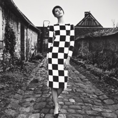 Spring-2013-shoot-Louis-Vuitton-Geometric-Black-White