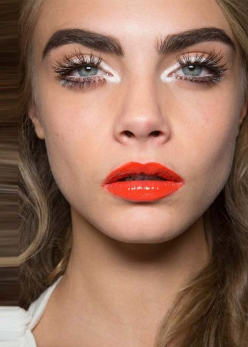 cara-delevingne-orange-lips