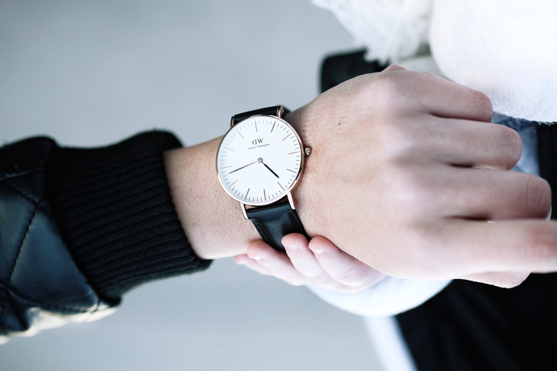 tbxc-watch-blvck-daniel-wellington