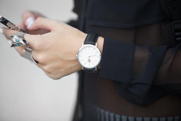 tbxc-blvck-watch
