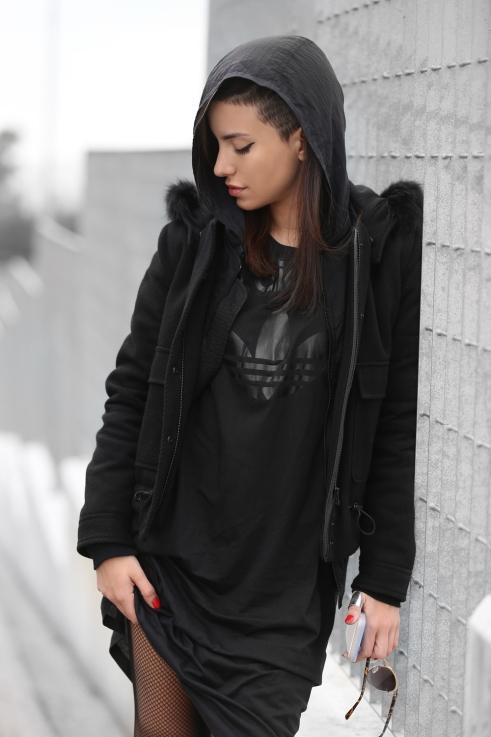black-adidas