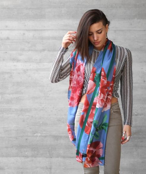 bw-scarf