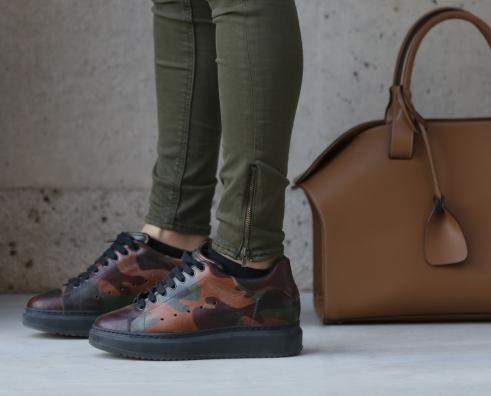 sneakers-99