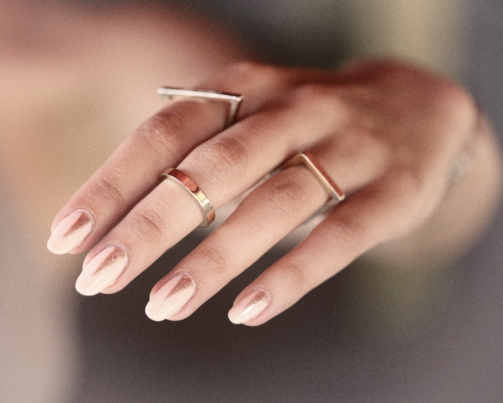 nails-h